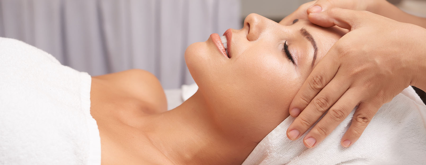 We house an array of luxury treatments, services and premium products from top beauty brands